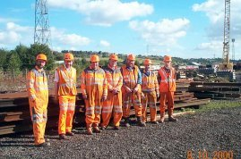 A P-Way 'outing' to Healy Mills to collect materials from Leeds First remodelling. (C) YDRMT